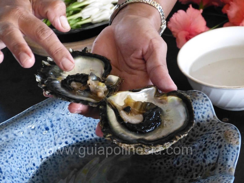 ostra con perla en huahine